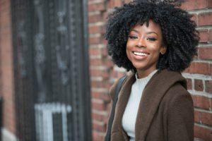 Afro Haare pflegen – die wichtigsten Tipps für die Haarpflege