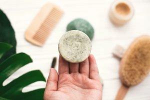 Festes Shampoo selber machen – Tipps für die Anfertigung