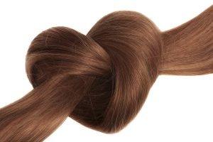 Gesunde Haare bekommen – mit diesen Tipps zur Wallemähne