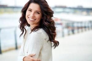 Haare pflegen – diese Tipps und Tricks gibt es für Männer und Damen