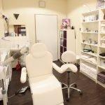 Hygienevorschriften für Kosmetikstudios: Was das Gesundheitsamt bei der Kontrolle sehen möchte