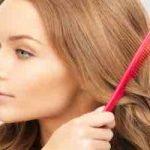 Knoten im Haar? So wirst du ihn ohne abschneiden wieder los