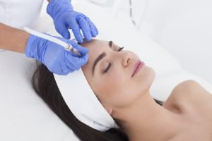 Microdermabrasion – für eine reine, makellose Haut
