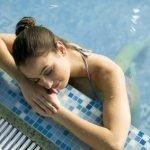 Schwimmen gegen Cellulite – Hilft Plantschen gegen die ewigen Dellen?
