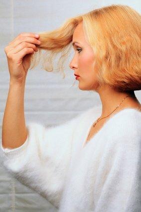 So bekommen deine Haare Volumen